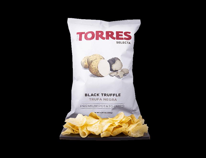 Kartoffelchips mit schwarzen Trüffeln